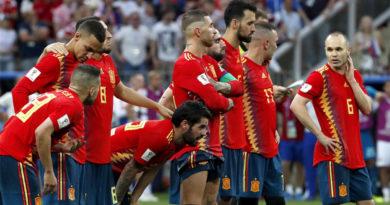 España cae